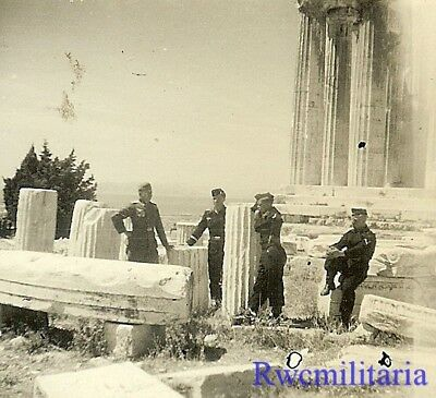 TOURISTES! German Panzermen Posed at the AKROPOLIS (ATHENS), Greece 1941!!!