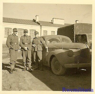 AWESOME! Gebirgsjäger Troopers Posed by US Built Cadillac Staff Car; 1941!!!
