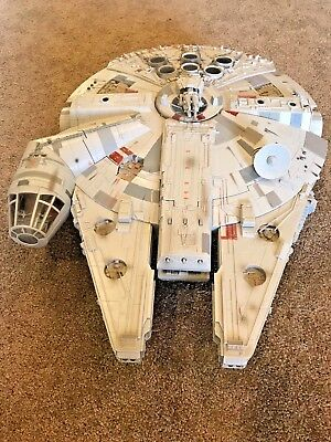 Star Wars Hasbro 2008 Collectible 32 inch Millennium Falcon Exclusive Vehicle