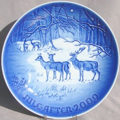 BING & GRONDAHL 2009 Christmas Plate B&G – CHRISTMAS in the WOODS