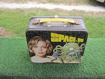 Vintage 1975 Space: 1999 Lunch Box