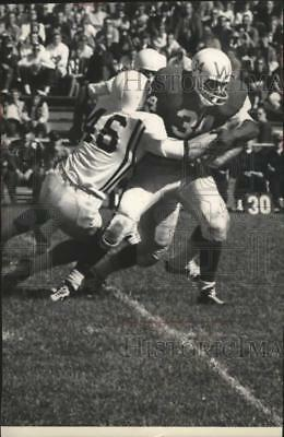 1962 Press Photo Typical power charge by Football player Ralph Kurer - mjx85395