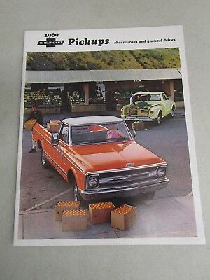 Vintage DEALERSHIP BROCHURE  *1969 CHEVROLET PICKUPS*