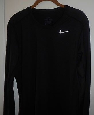 NIKE DRI FIT Fitted  long sleeve tee Black size Small