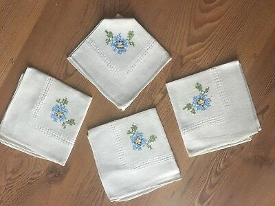Vintage Embroidered Flowers Napkin Set 4 Piece With Drawn Work
