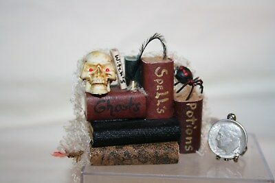 Miniature Dollhouse Spells & Potions Books Skull Spider Halloween Haunted House