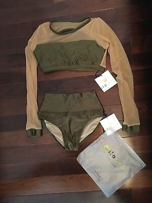 ilo gear Janai Top And Isa Briefs, Small Adult, NEVER WORN