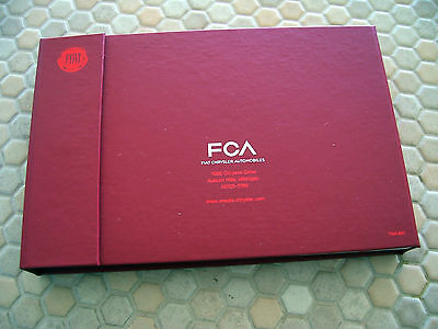 FIAT 500X SERIES LA AUTOSHOW PRESS KIT 8Gb FLASH DRIVE BROCHURE US EDITION 2016.