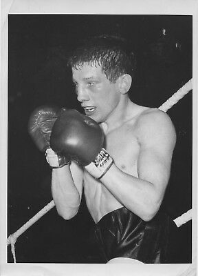 FRANKIE TAYLOR original 8x6in BOXING press photo dated 29th April 1963