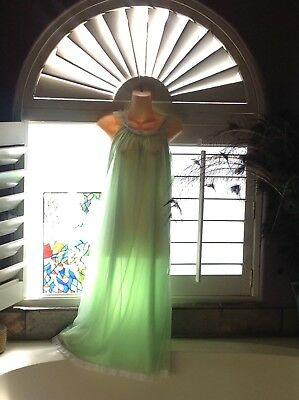Vintage Tosca Lingerie night gown Semi-Sheer Pretty Hollywood Glamour L👀k