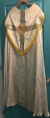 Beautiful Vintage Catholic Priests Or Bishops Ivory Blue & Gold Cope
