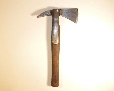 Nice 19Th Century British Axe With A Shaped Handle