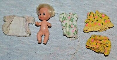 """Vintage 1973 Sunshine Family 3"""" Baby Doll with 3 Outfits"""