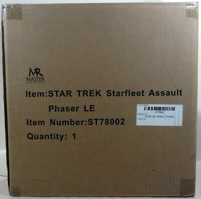 Master Replicas Star Trek STARFLEET ASSAULT PHASER PROP REPLICA! Sealed! New! #A