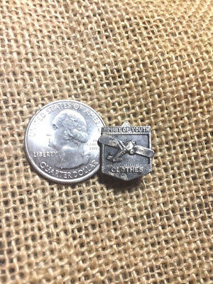 old SPIRIT OF YOUTH CLOTHES ADVERTISING AIRPLANE PIN CHARLES LINDBERGH ST LOUIS