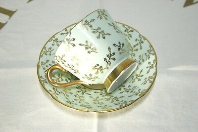 Stunning C.1937-57 Collingwoods Bone China Tea Cup and Saucer SET Green w/ Gold