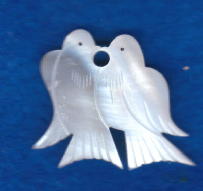 MOTHER of PEARL KISSING DOVES REALISTIC BUTTONS hand carved