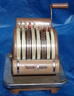 BH908 Vtg Excel Hedman Co Model F&E Check Cheque Protector Writer Machine