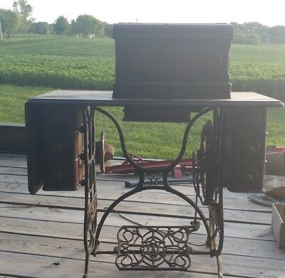Nice Old Antique Domestic Treadle Sewing Machine With Attachments Wow Look