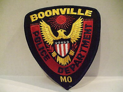 police patch  BOONVILLE POLICE MISSOURI