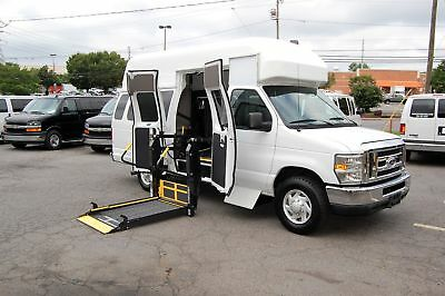 Ford H-Cap. 3 Pos. VERY NICE HANDICAP ACCESSIBLE WHEELCHAIR LIFT EQUIPPED VAN....UNIT# 2217FT