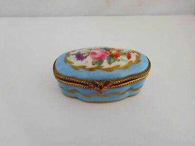 Very Pretty 19Th Century Serves Porcelain Pill / Patch Pot