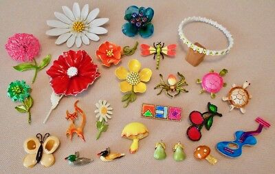 COLORFUL AND FUN VINTAGE ENAMEL FASHION JEWELRY FROM THE LATE 1960's