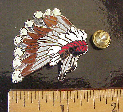 Vintage Mafco Indian Chief Head Dress Feathers Travel Souvenir Pin