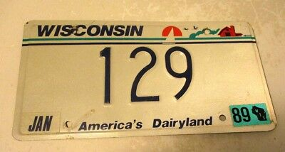 """1989  Low Number """" 129 """"   Wisconsin Car License Plate Scene"""