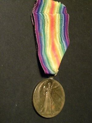 52935. WWI British War Victory Medal Bronze Cpl FW Beetles Royal Fusiliers UK