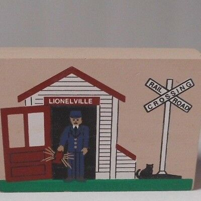 Three 1995 Cats Meow Lionel Train Accessories signed by Feline  Retired