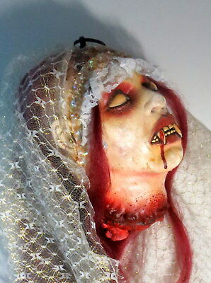 Graphic Gothic Decapitated Hanging Female Dracula Head Halloween Prop Decor *196