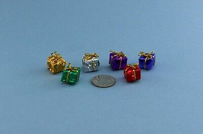 Set of 6 Dollhouse Miniature Foil Wrapped Christmas/Holiday Presents #D1641-90