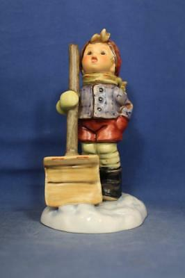 "Goebel Hummel ""Let It Snow"" #2036 TMK 7, 5""  MINT   R15751"