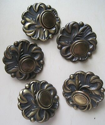 Lot of 5 Vintage Brass Tone Rosette Back Plates & Knobs Cabinet Drawer Door
