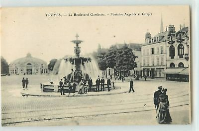 8675 - Troyes - Le Boulevard Gambetta / Fontaine Agence Et Cirque