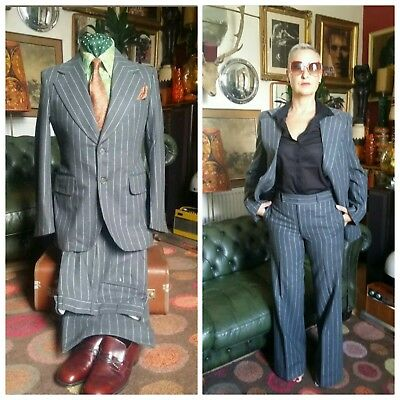 Vintage 70's 1970s Wool Mobster Gangster Mafia Dandy Flared Pinstripe Suit.Small