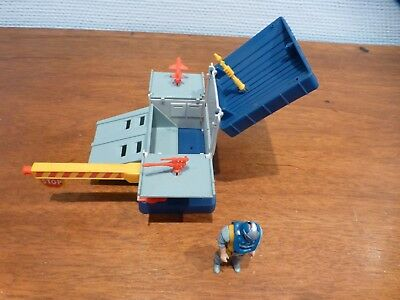 MASK M.A.S.K. The Collector Toll Booth / Armored Bunker mit Figur