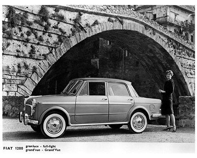1959 ? Fiat 1200 Factory Photo cb1405