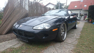 Jaguar XKR Supercharger