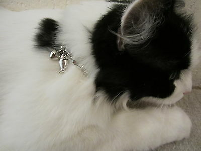 Cat Rhinestone Necklace With Fish Charm & Free puff Heart charm