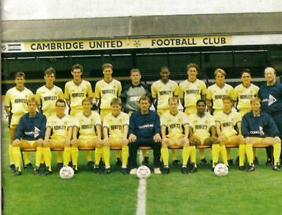 Cambridge United Football Team Photo>1989-90 Season