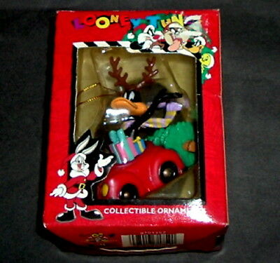 1996 Daffy Duck Christmas Ornament Car