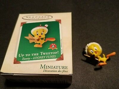 2002 Hallmark Ornament Miniature Up to the Tweetop Tweety Looney Tunes