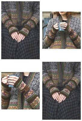The SKERRIES FINGERLESS MITTENS KIT are from Marie's Book SHETLAND