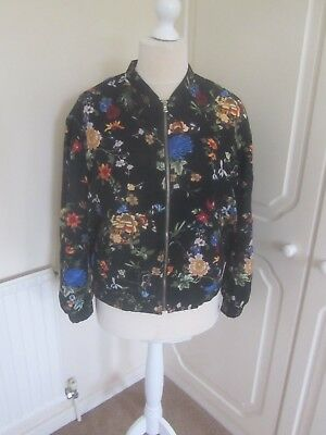 a4191e394 VGC ZARA TRAFALUC Black Floral Quilted Bomber Jacket Size 12