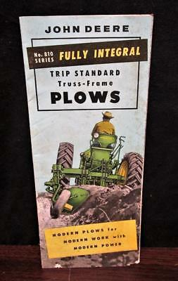 Vintage JOHN DEERE No 810 Fully Integral Truss-Frame Plows Brochure Pamphlet