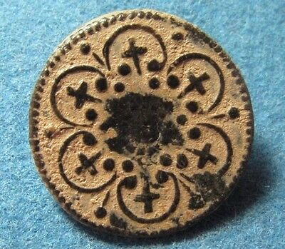 Beautiful old bronze collectible button circa 19 century or Earlier, Crosses.
