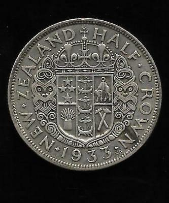1933 Silver New Zealand Royal Coat of Arms HALF CROWN of George V
