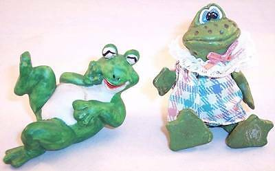 Lot of 2 Frog Figurines, 1 Russ (No. 2658) with Movable Legs, 1 Ceramic
